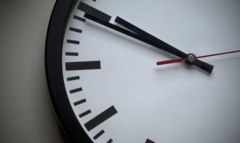 歳をとるとなぜ時計の針が早く進むのか?