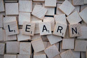 読むこと、見ること、習うこと