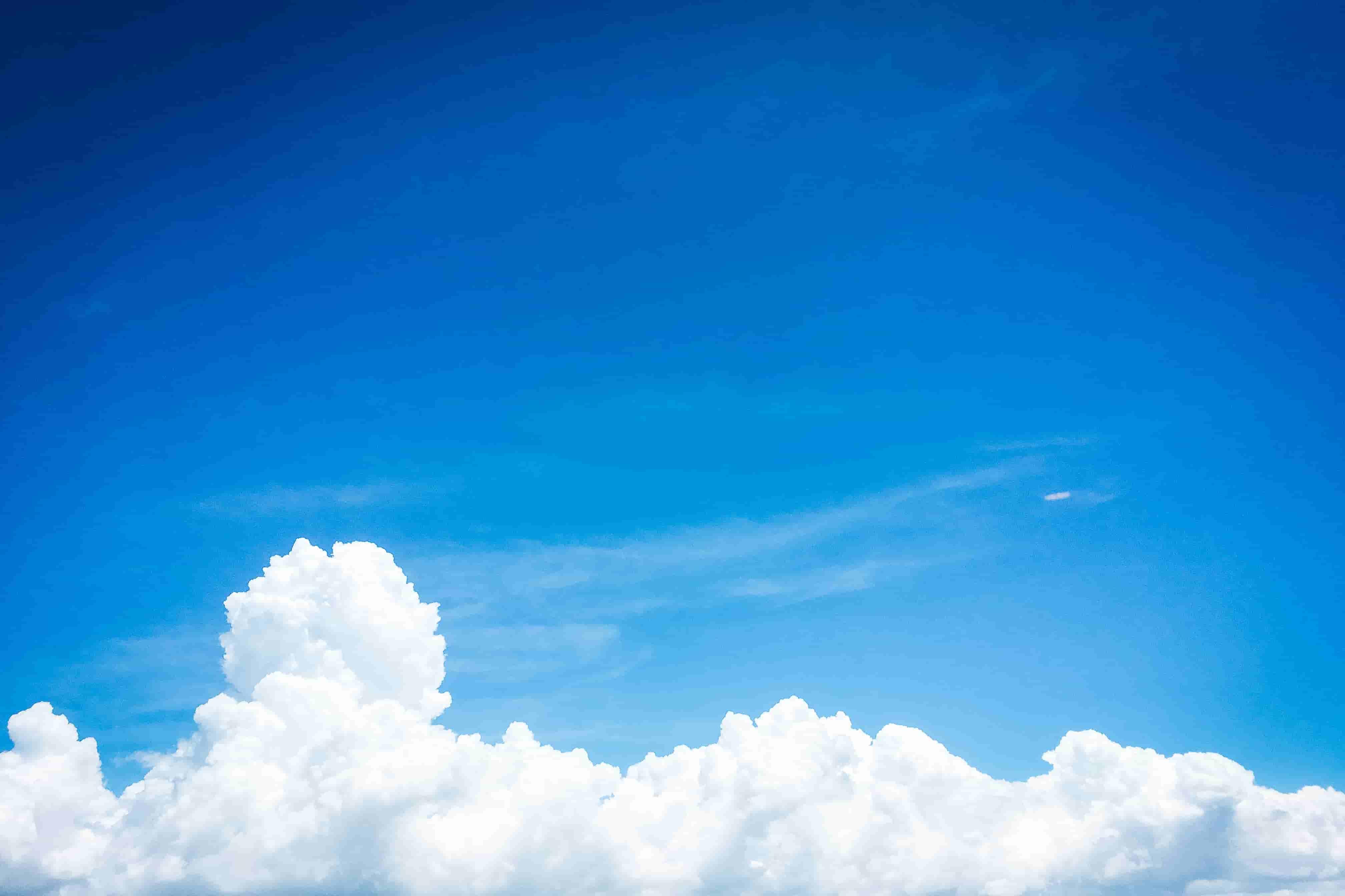 それぞれの雲と青空